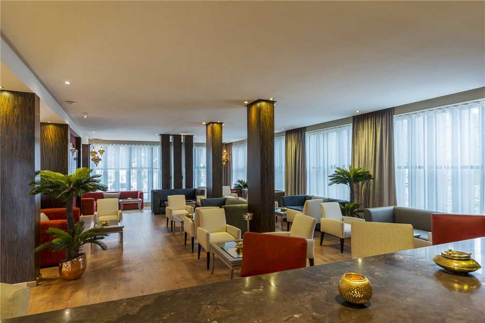 Dawliz Resort & Spa Restaurant