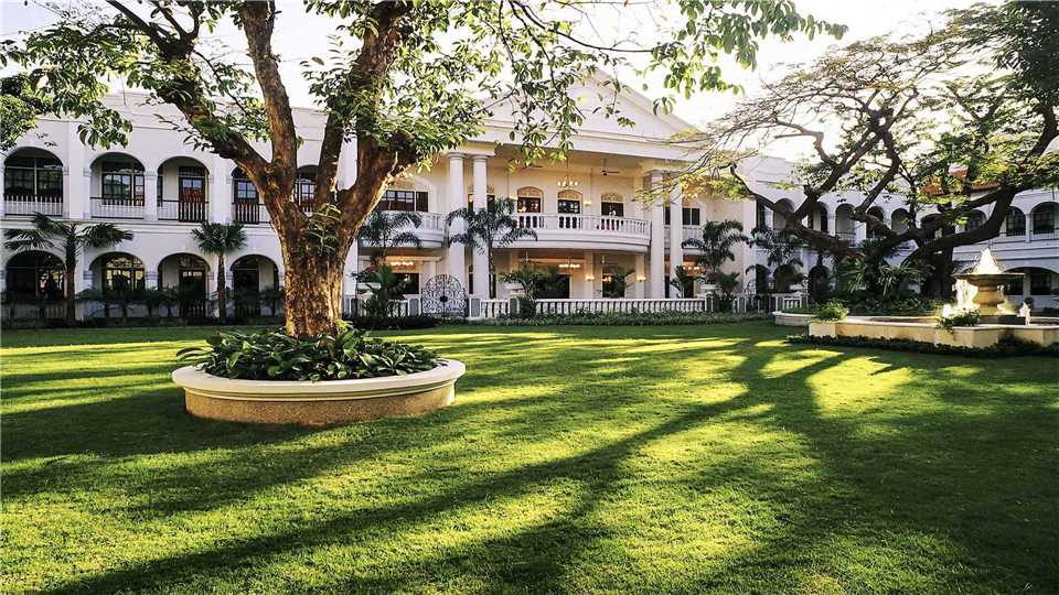 Hotel Majapahit Surabaya - MGallery Garten