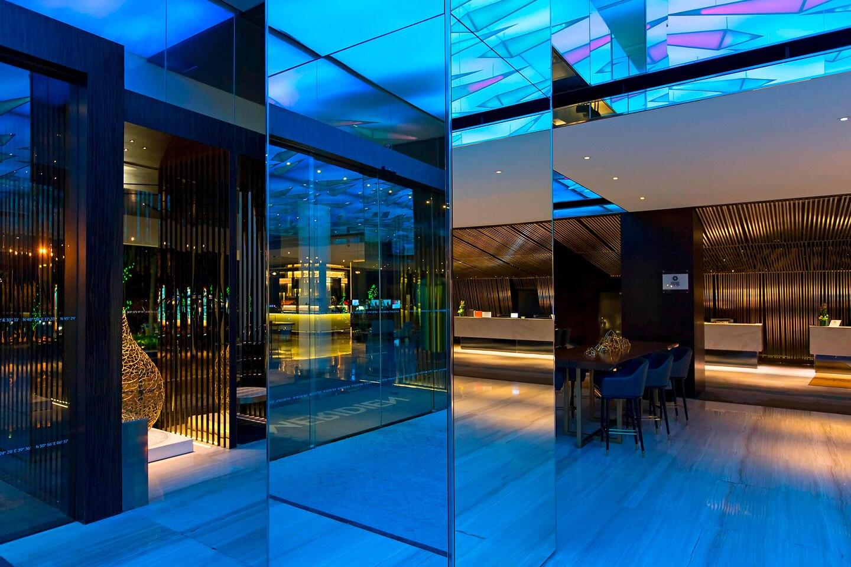 Le Meridien Kota Kinabalu Lobby