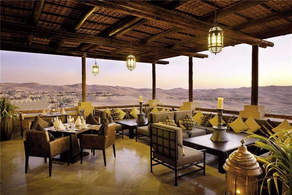 Qasr al Sarab Desert Resort by Anantara Lounge