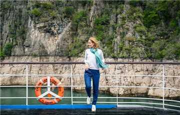 Sanctuary MS Yangzi Explorer Deck
