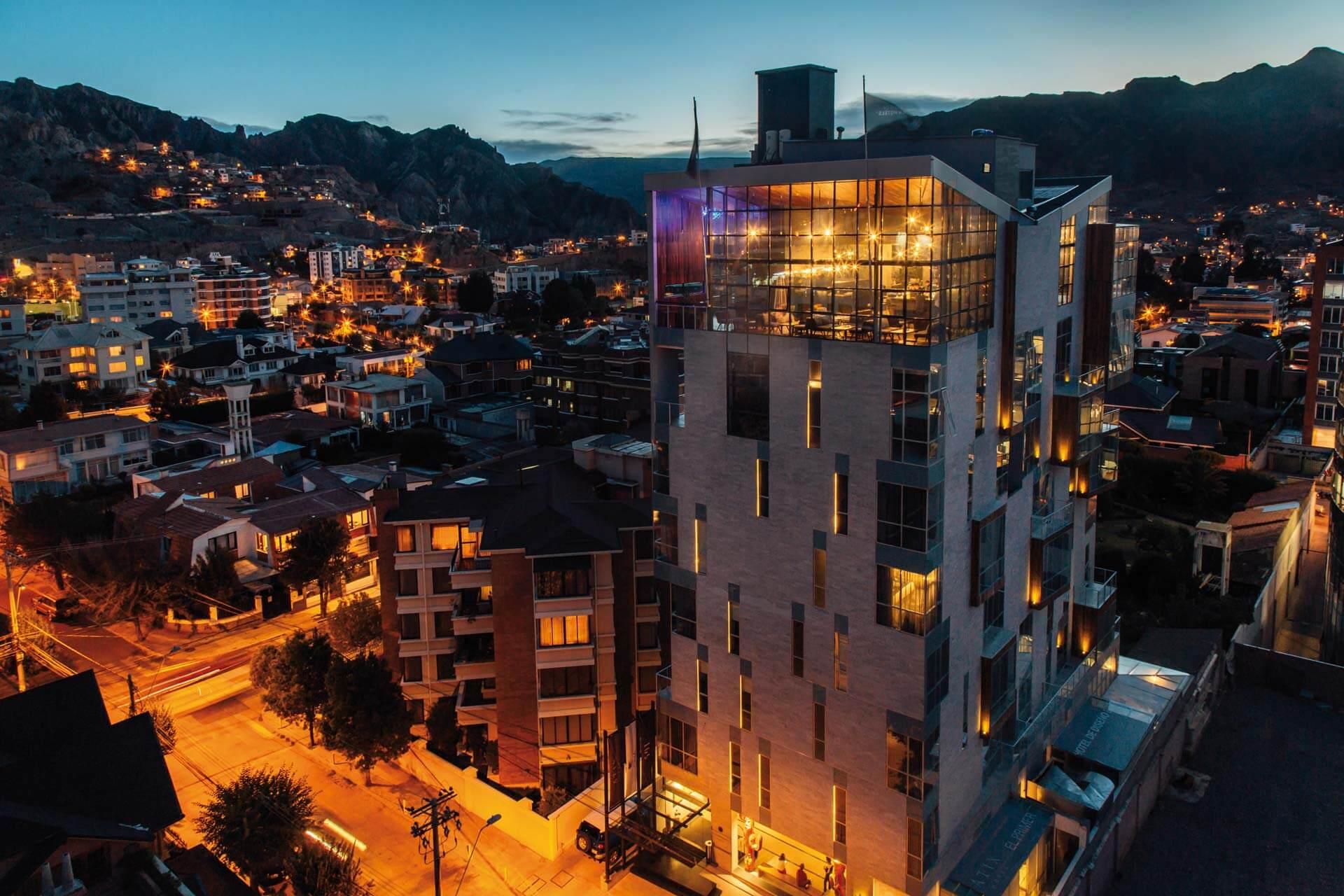 Atix Hotel Aussenansicht