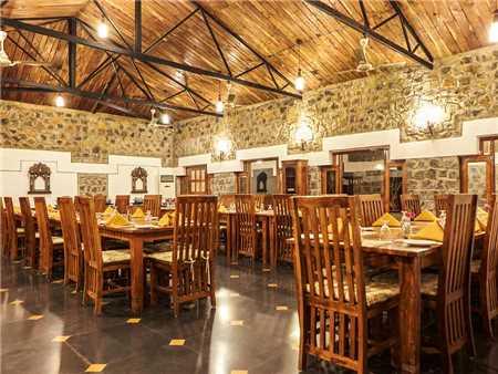 Bandhav Vilas Restaurant