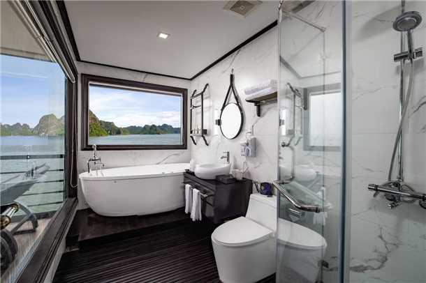 Peony Cruise Badezimmer