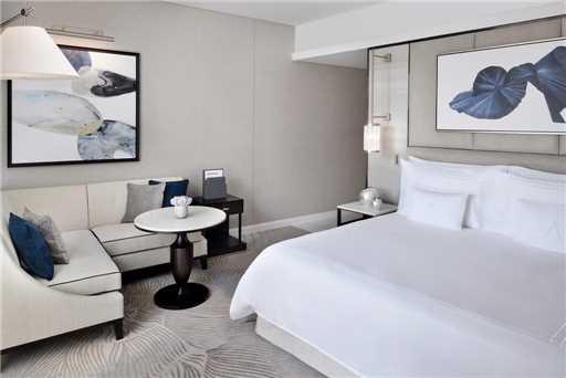 The Address Downtown Dubai Suite