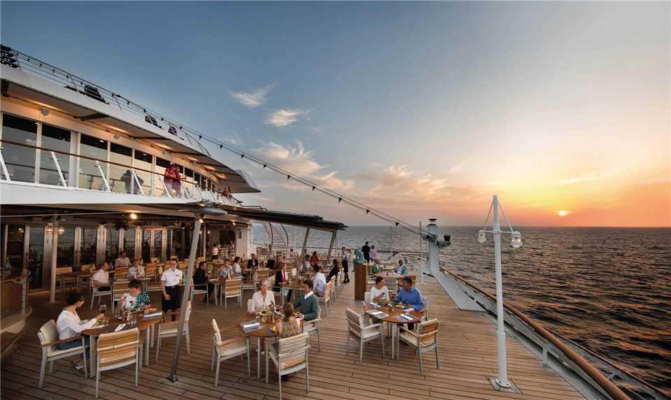 Hapag Lloyd MS Europa Restaurant Terrasse