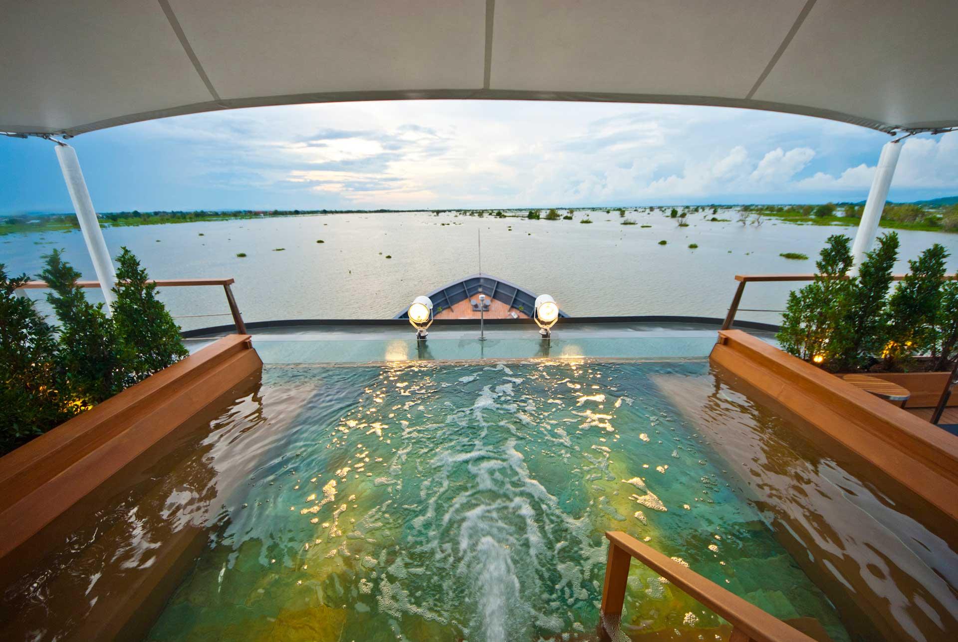 Aqua Mekong Pool