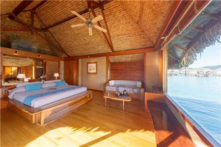 Le Tahaa Island Resort & Spa Overwater Suite