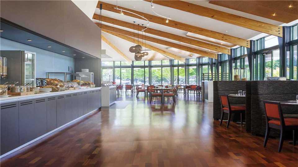 Novotel Rotorua Lakeside Restaurant