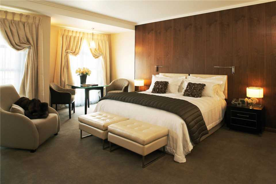 Sofitel Queenstown Hotel and Spa Luxury Room
