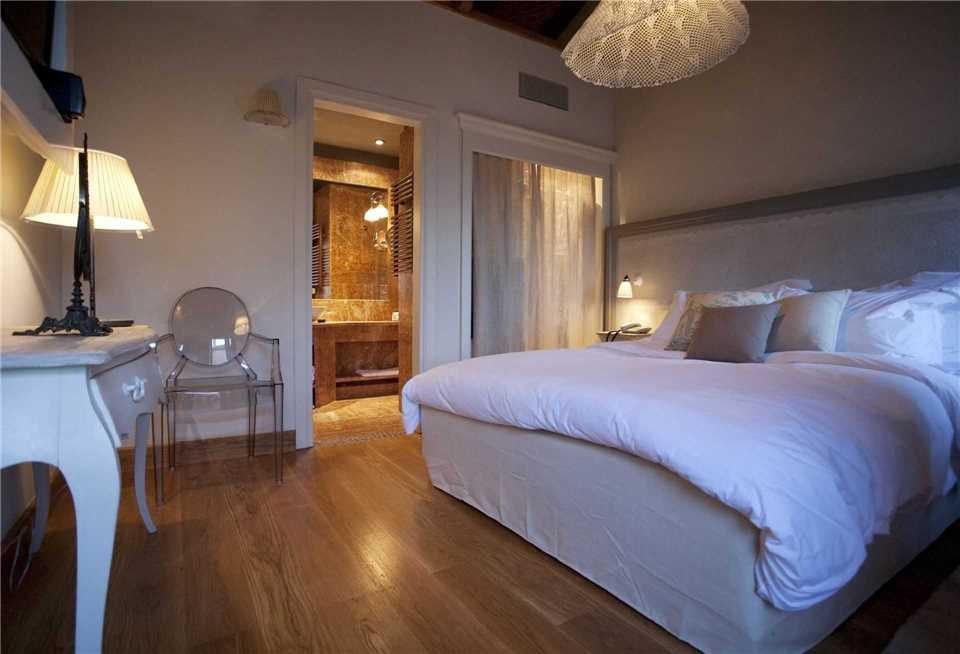 Zimmer Kinsterna Hotel