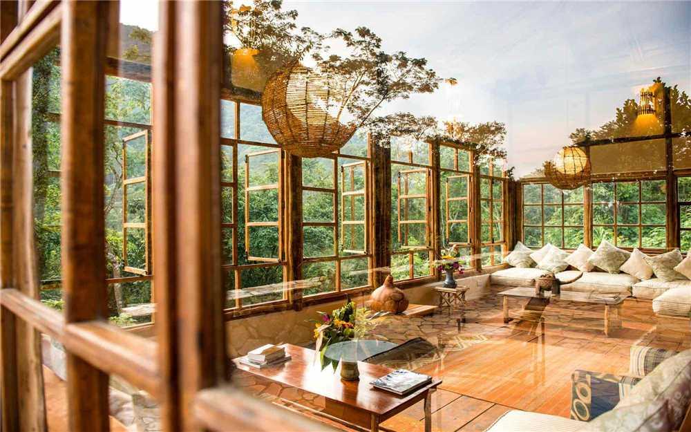 Bwindi Lodge Lounge