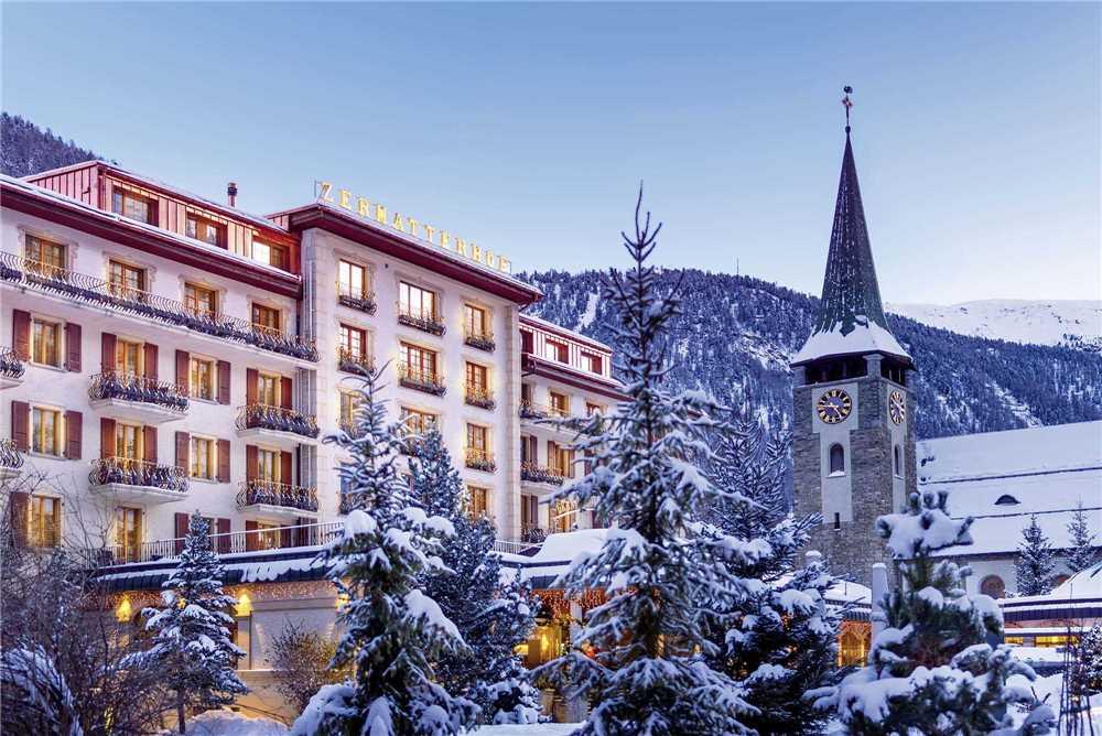 Grand Hotel Zermatterhof Außenansicht