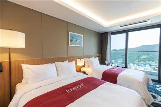 Ramada Plaza Yeosu Doppelzimmer