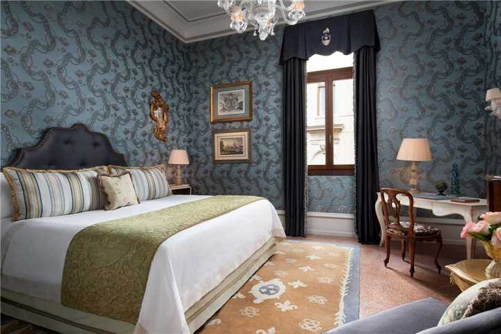 The Gritti Palace Deluxe Room