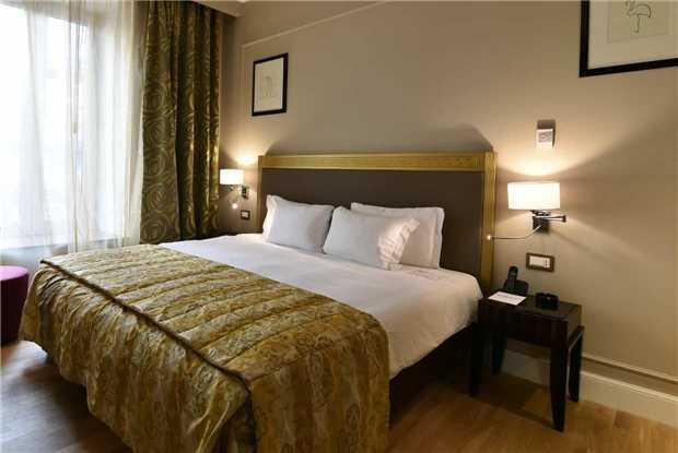 Grand Hotel Yerevan Doppelzimmer