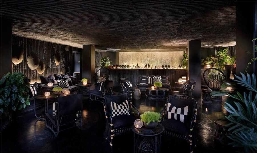 Raya Heritage Lounge