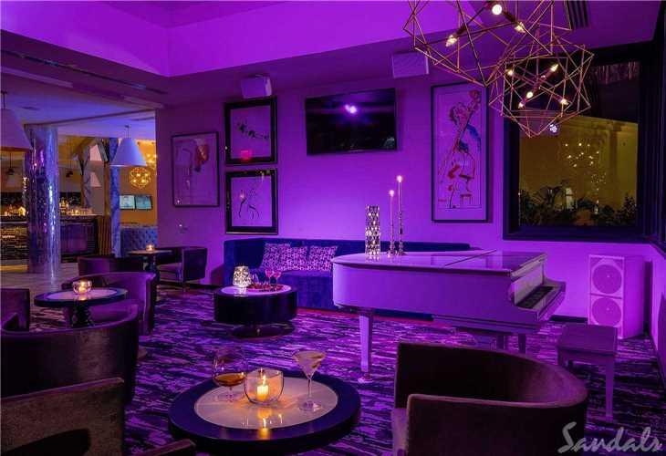 Royal Sandals Barbados Piano Bar