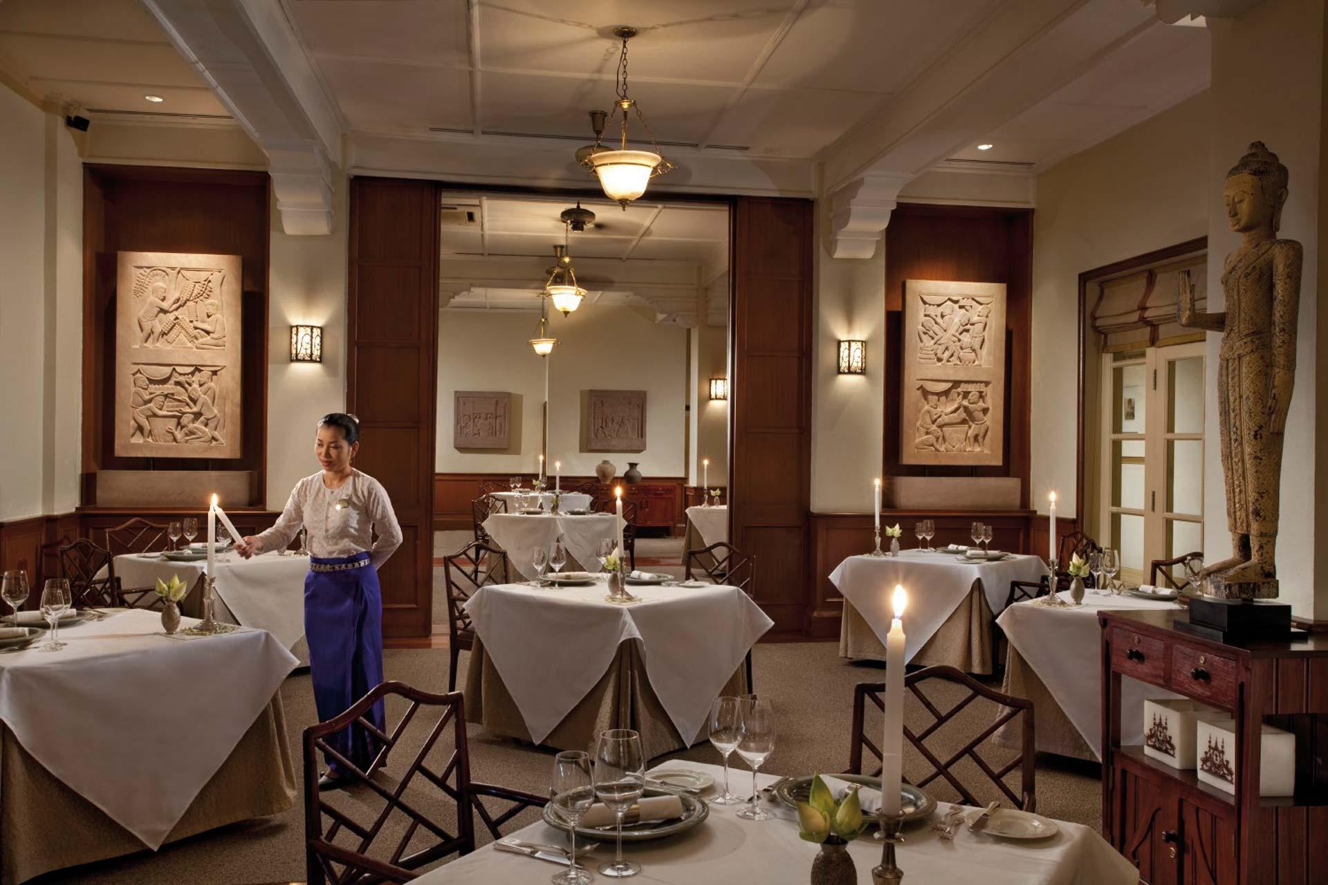 Raffles Grand Hotel dAngkor Restaurant