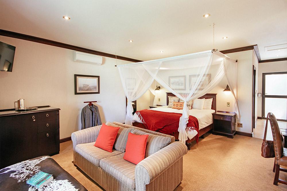 Erindi Old Traders Lodge Luxury Suite