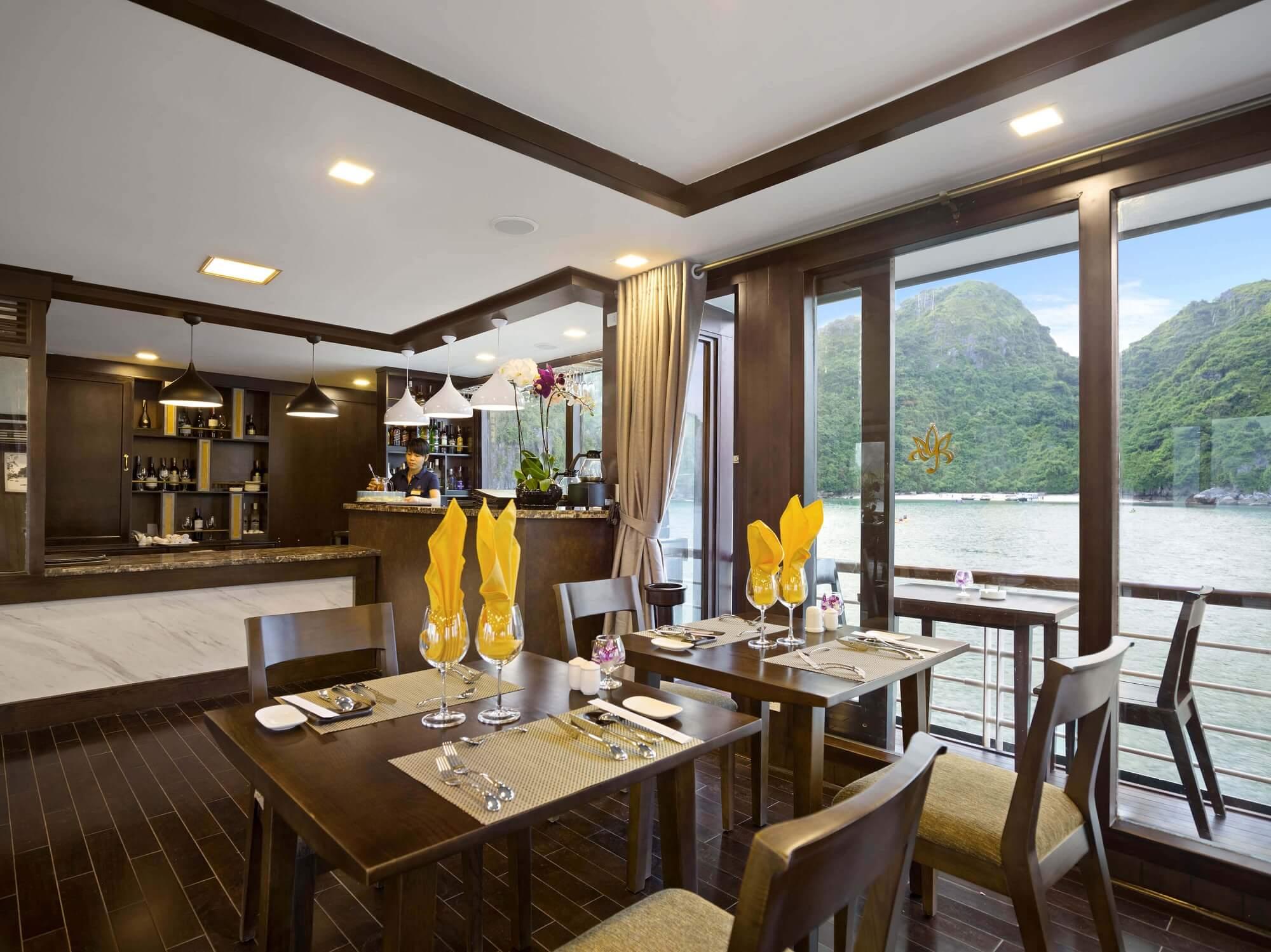 Peony Cruise Restaurant