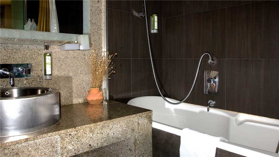 Tufenkian Avan Dzoraget Hotel Badezimmer