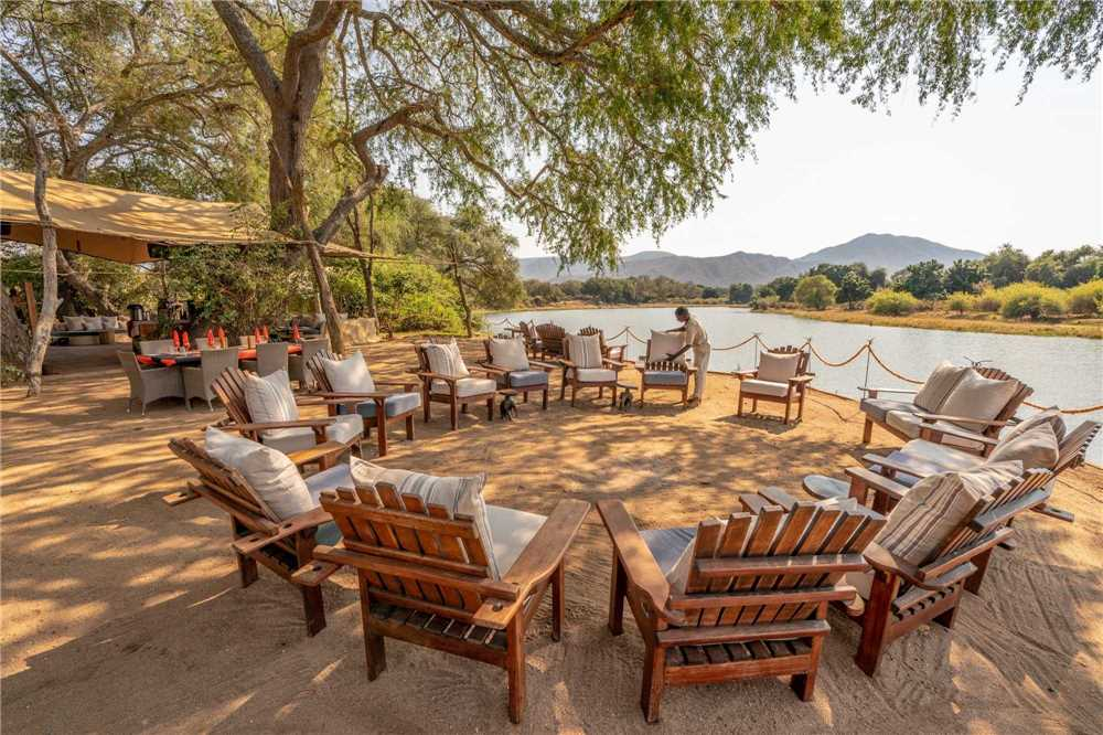 Chongwe River Camp Restaurant