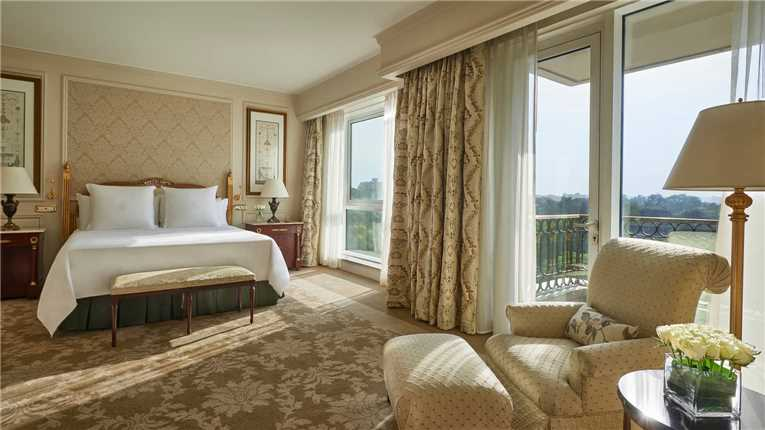 Four Seasons Hotel Cairo at the First Residence City Suite