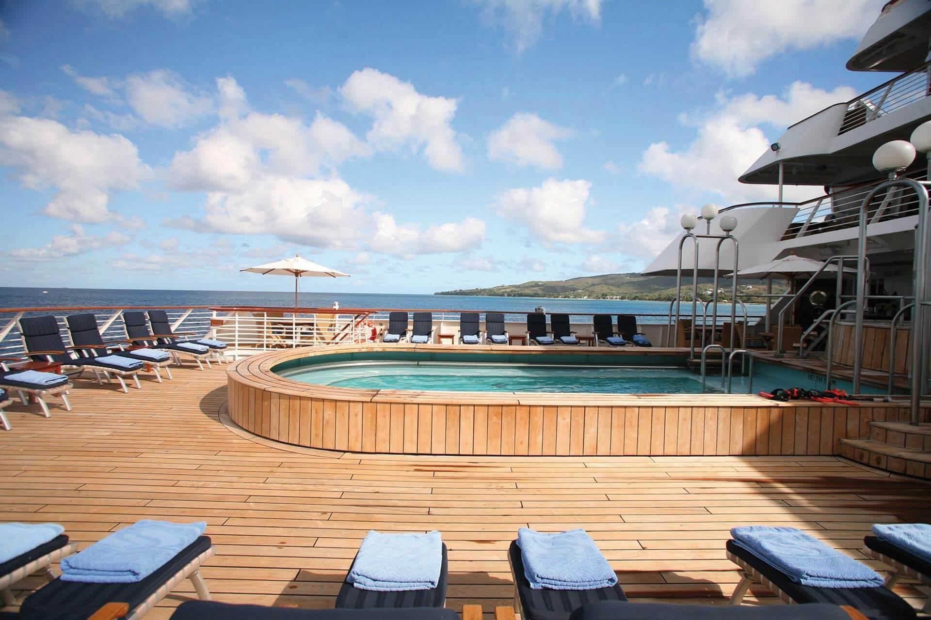 SeaDream II SeaDream Yacht Club Pool