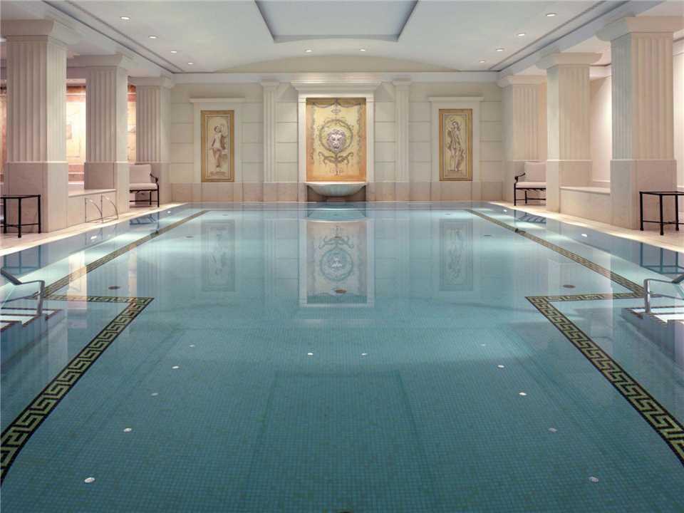 Hotel Adlon Kempinksi Pool