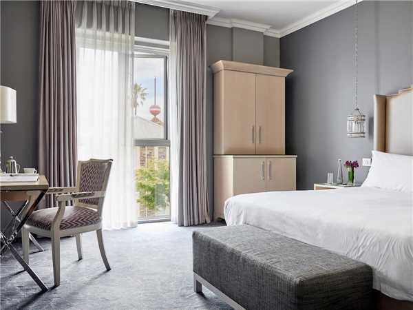 Queen Victoria Hotel Deluxe Room
