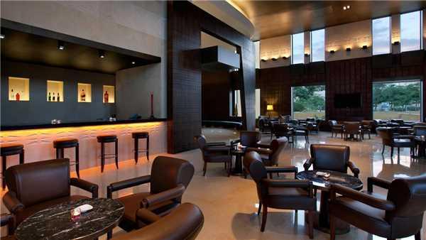 Kempinski Hotel Ishtar Bar