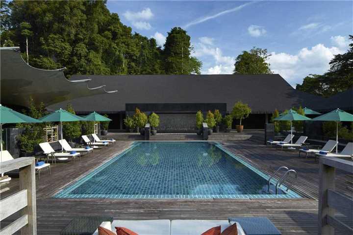 Mulu Marriott Resort & Spa Pool