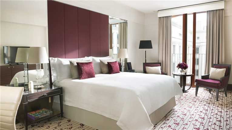 Four Seasons Hotel Moscow Suite