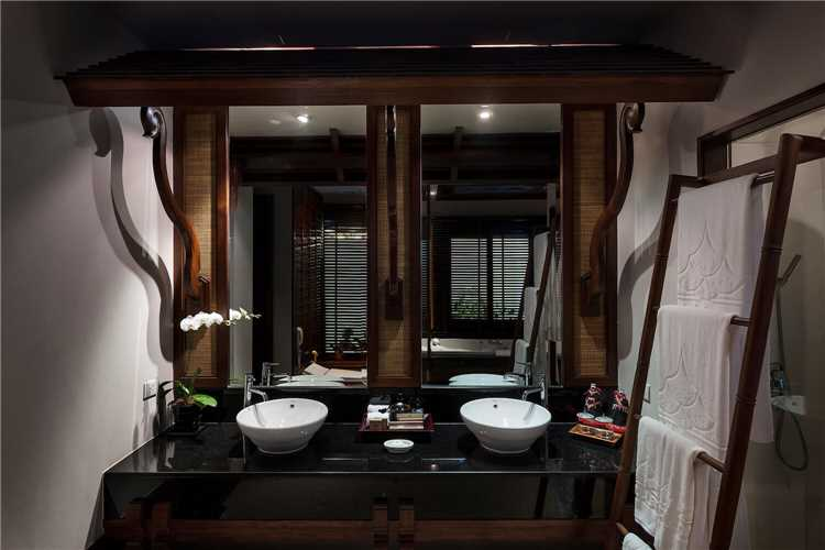 RatiLanna Riverside Spa Resort Chiang Mai Badezimmer