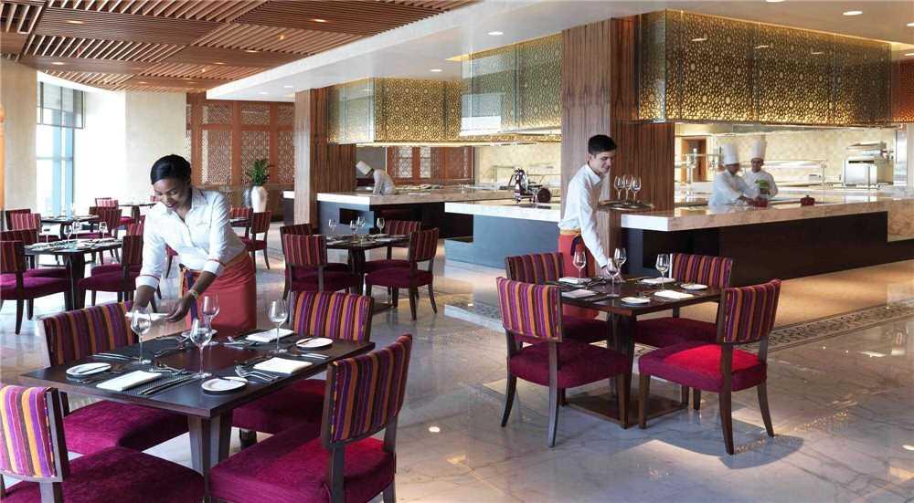 Bab Al Qasr Hotel Bar