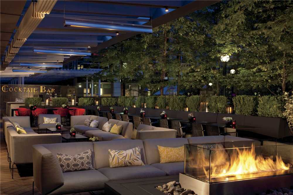 The Ritz Carlton Bar