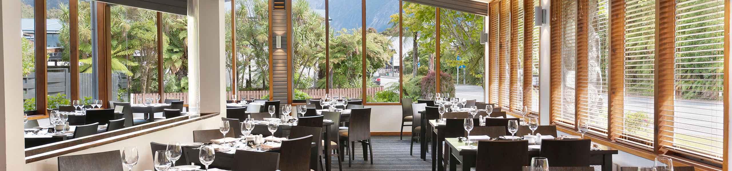 Scenic Hotel Franz Josef Glacier Restautant