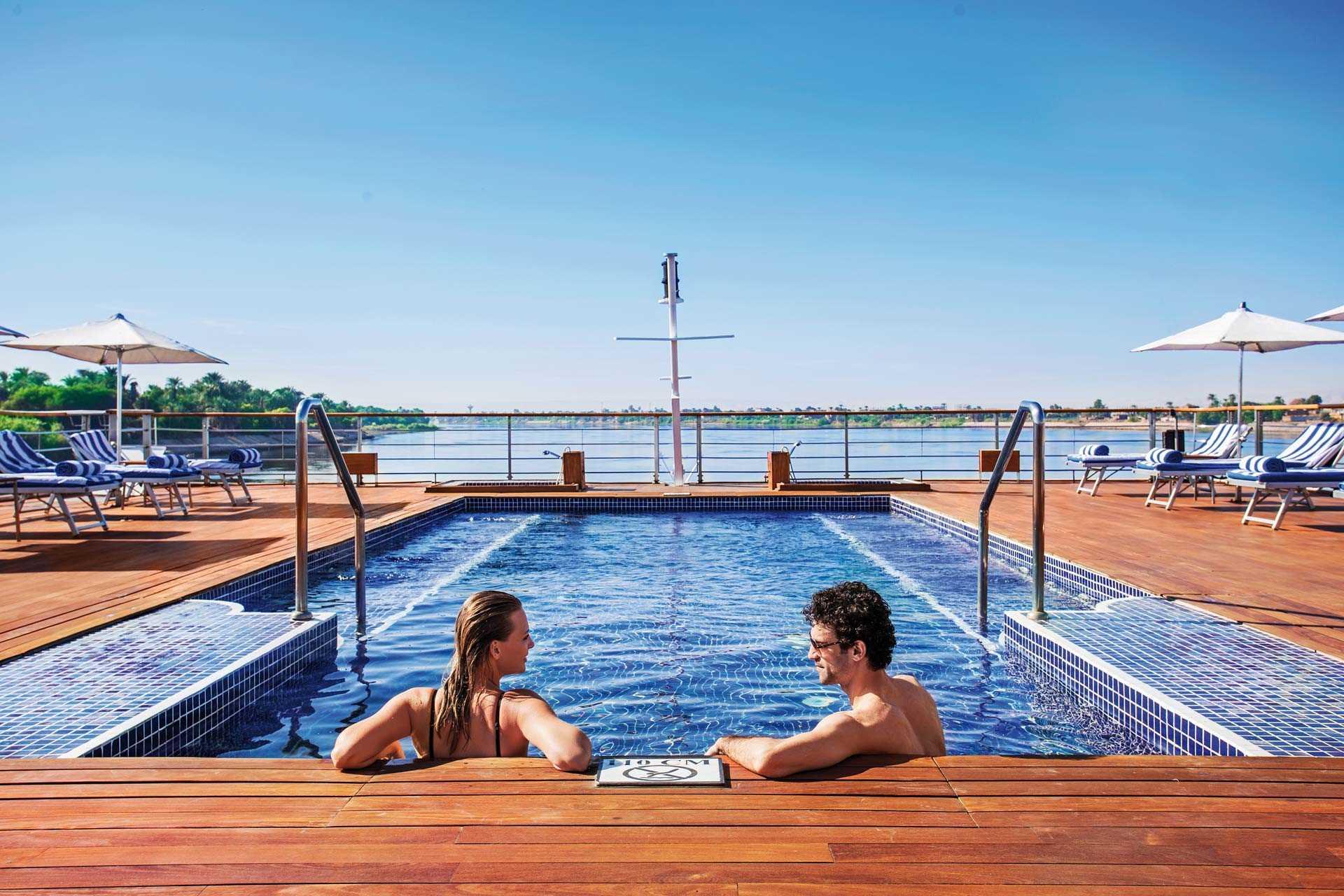 The Oberoi Zahra Pool