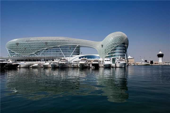 W Abu Dhabi Yas Island Außenansicht