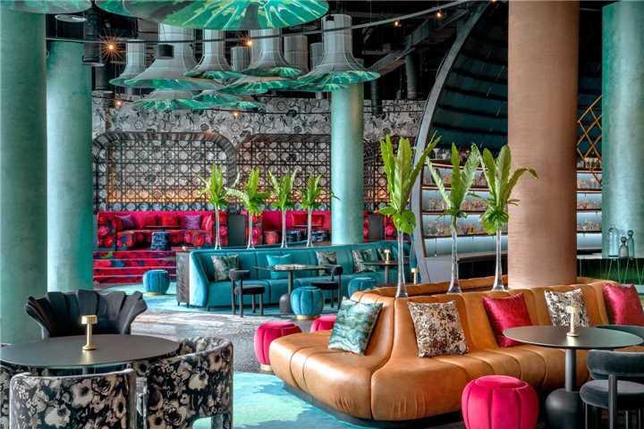 W Abu Dhabi Yas Island Lounge