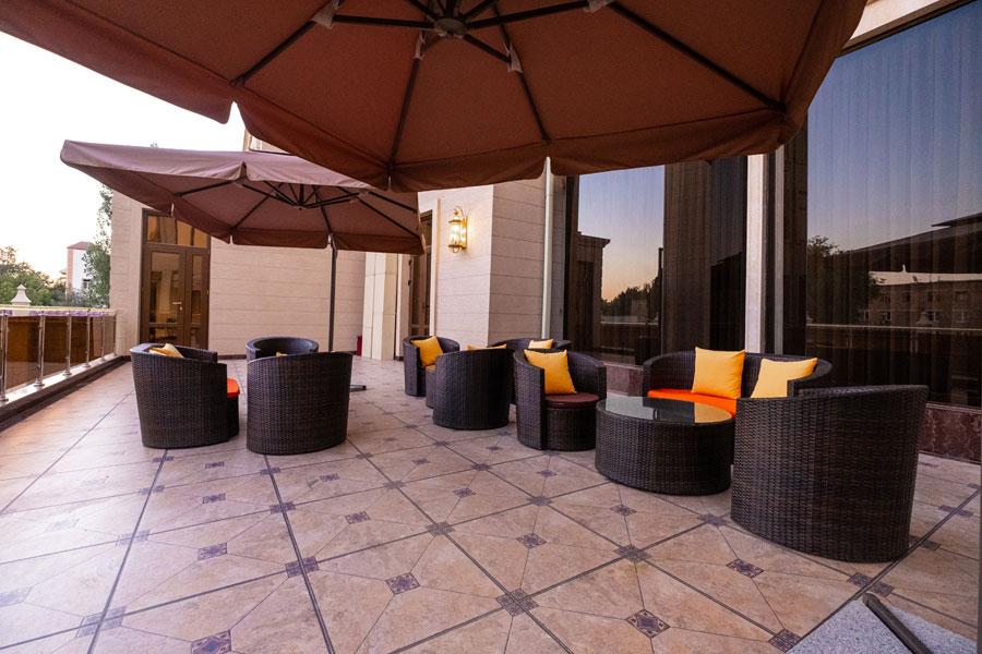 Dilimah Premium Luxury Hotel Terrasse