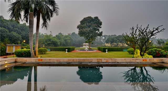 Taj Nadesar Palace Garten
