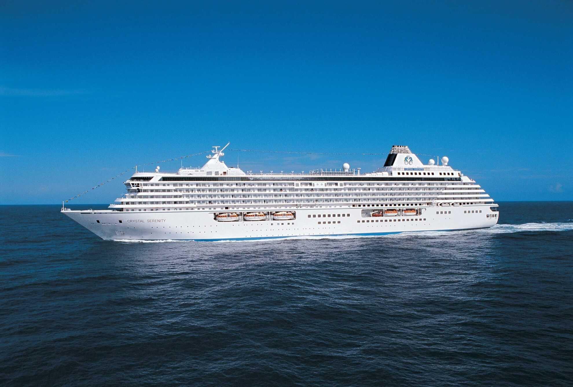 Crystal Cruises Crystal Serenity Aussenansicht