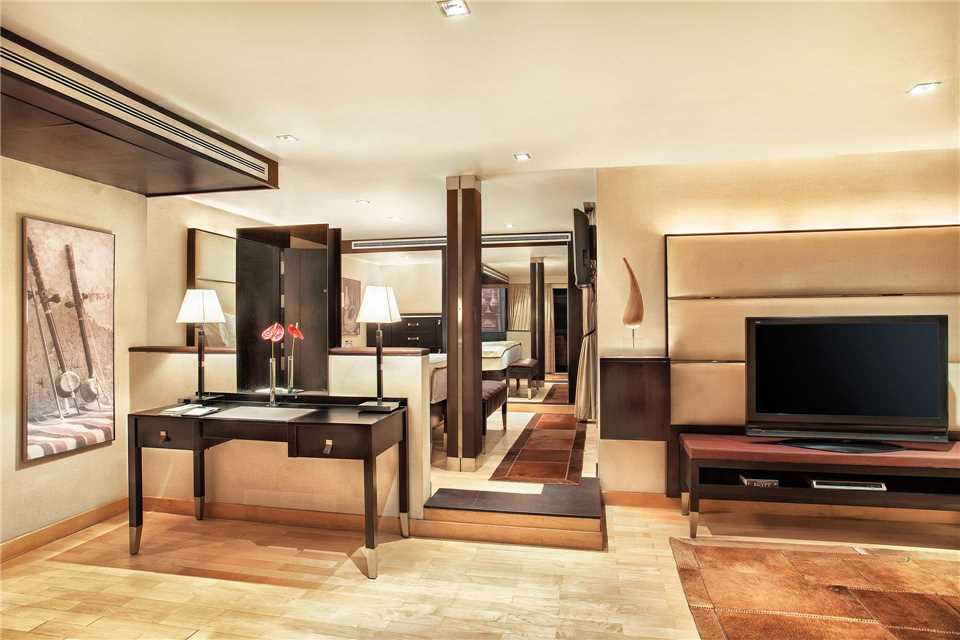 The Oberoi Zahra Suite