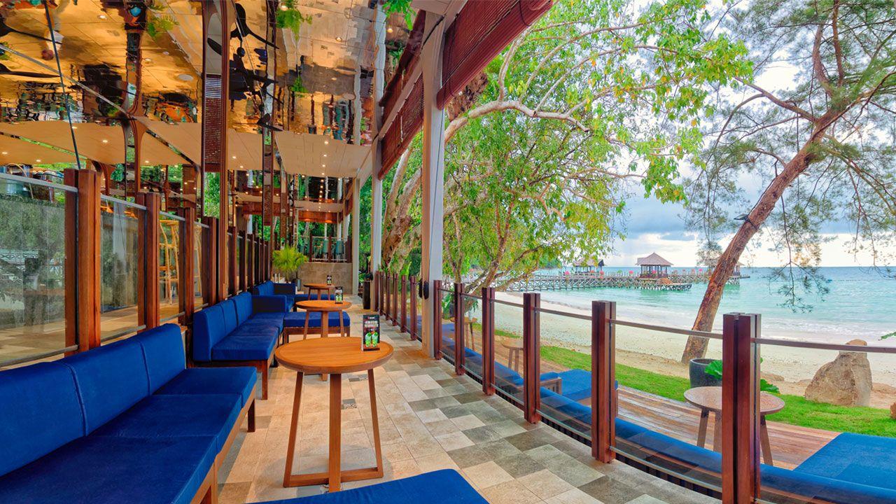 Bungaraya Island Resort Bar