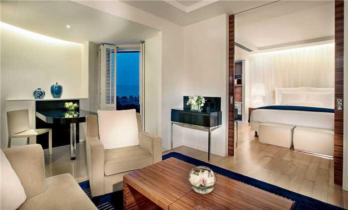 The Ritz-Carlton Bahrain Club Suite