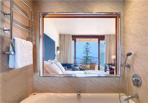 Zimmer Hotel Amphitryon Palace