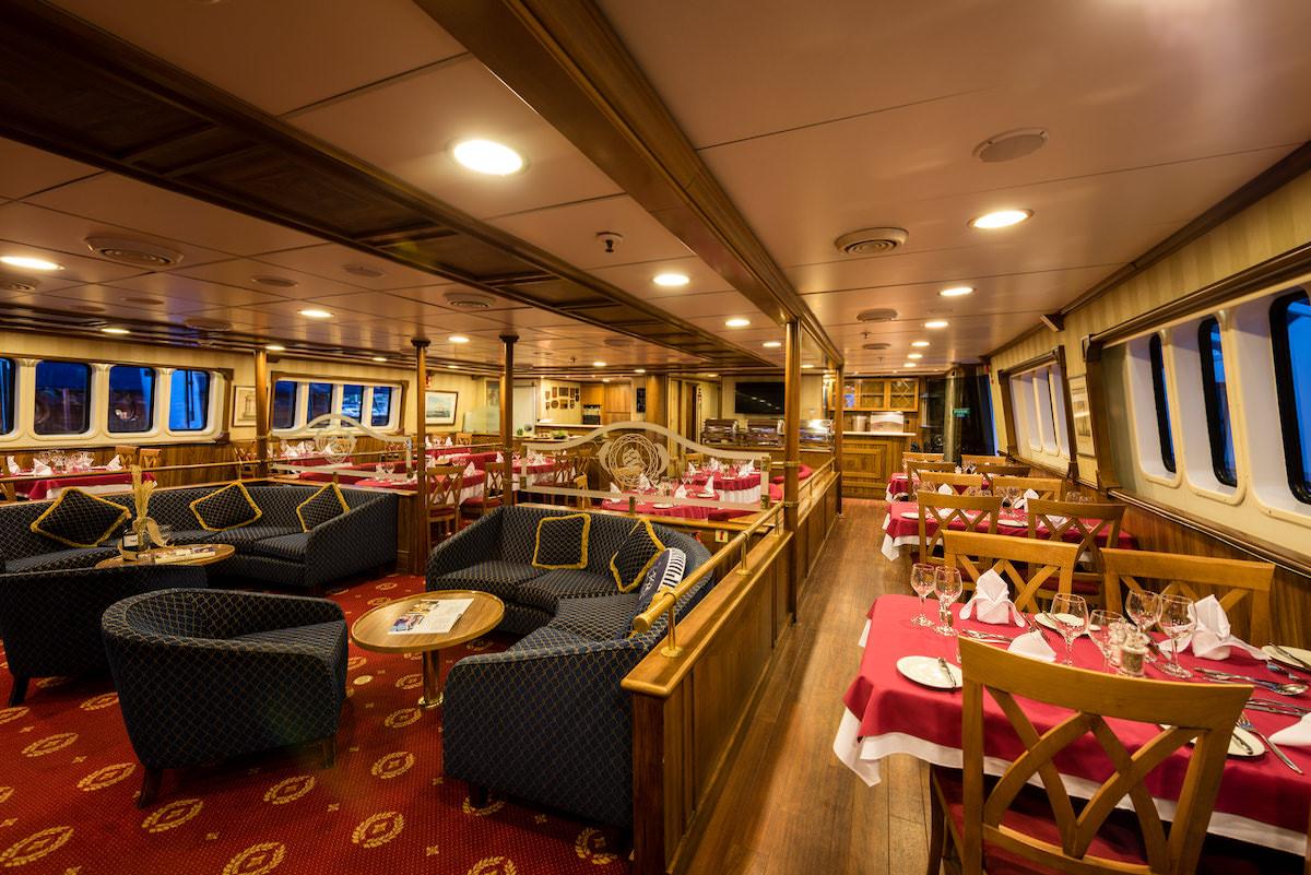 MS Panorama Variety Cruises Restaurant