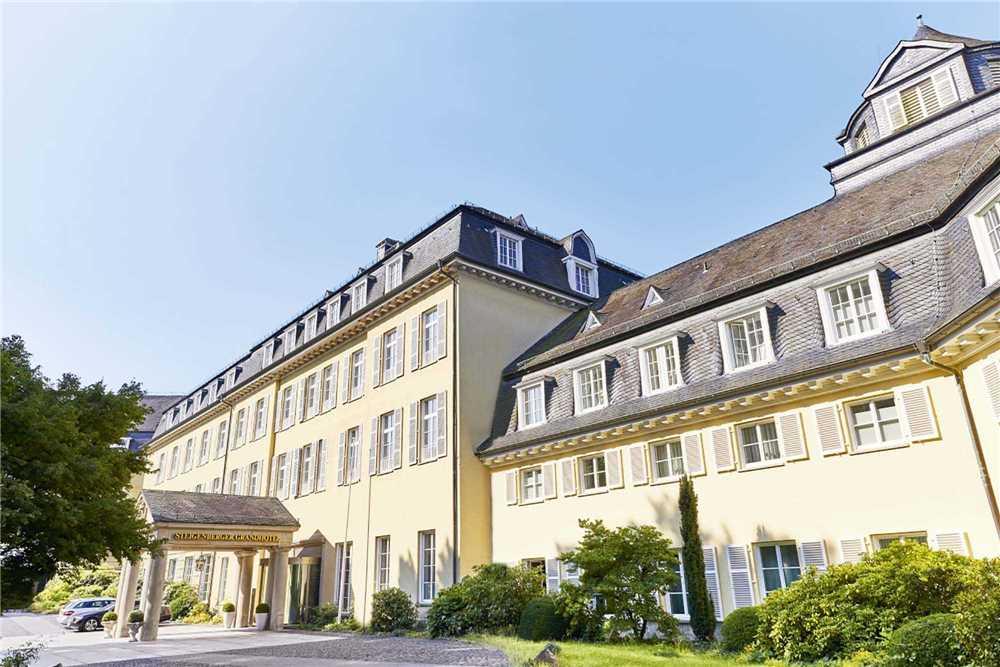 Steigenberger Grand Hotel Königswinter Außenansicht